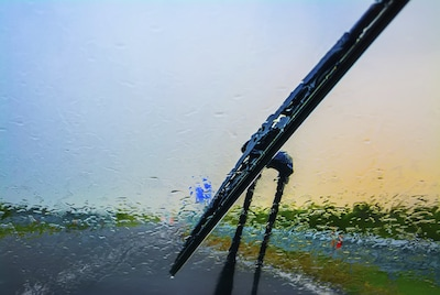 Free installation on purchase of a set of Volvo Wiper Blades