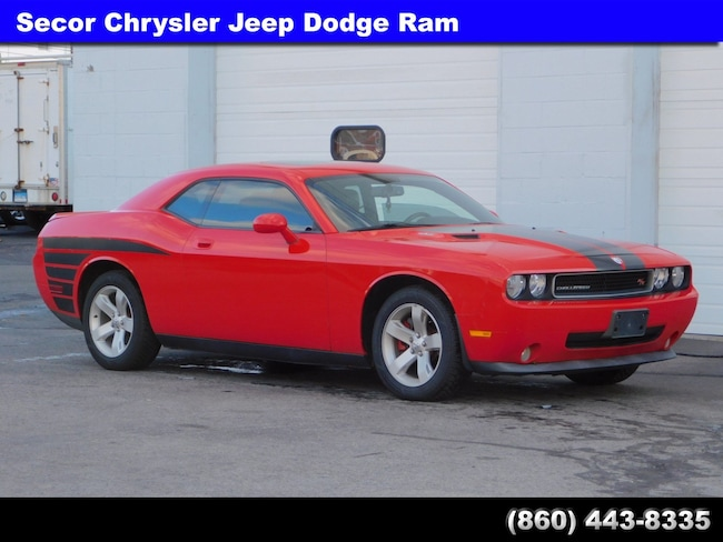Used 2010 Dodge Challenger R/T Coupe for sale in New London