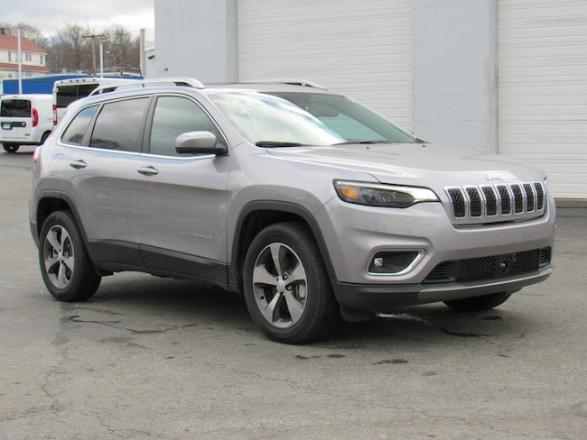 New 2019 Jeep Cherokee LIMITED 4X4 Sport Utility Near Norwich