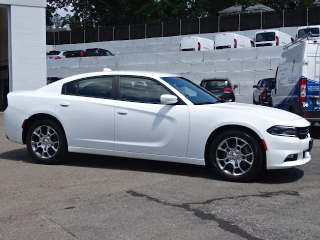 Used 2015 Dodge Charger SXT Sedan for sale in New London