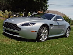2007 Aston Martin V8 Vantage 6 speed manual, only 19639km!! Coupe