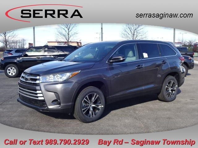 Featured New 2019 Toyota Highlander LE SUV for sale near you in Saginaw, MI