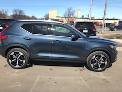 New 2019 Volvo XC40 T5 Inscription SUV for sale or lease in Traverse City, MI