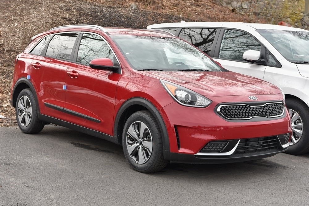 New 2018 Kia Niro LX SUV Waterbury, Connecticut
