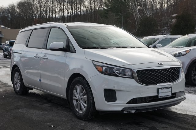 New 2018 Kia Sedona LX Van Passenger Van Waterbury, Connecticut