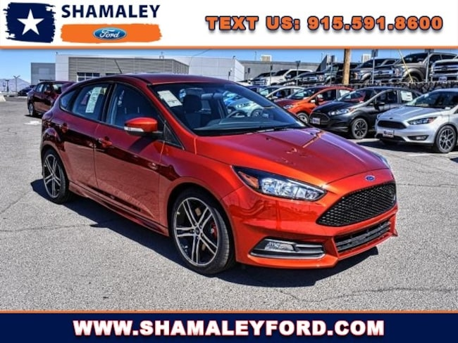 2018 Ford Focus ST Base Hatchback Front-wheel Drive