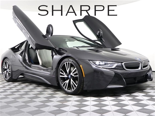 2015 BMW i8 Pure Impulse Coupe