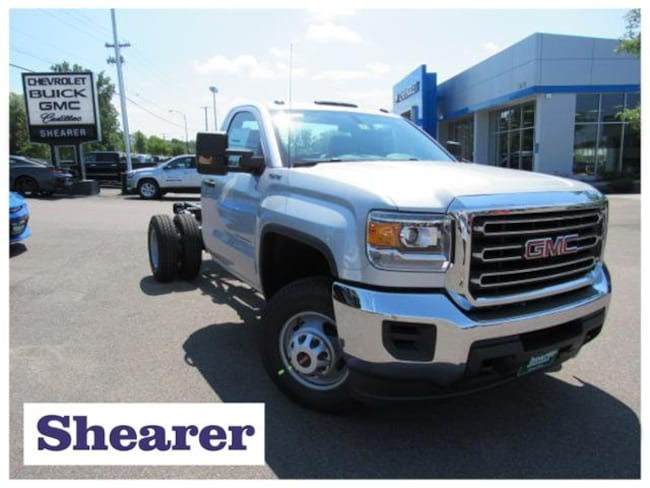 2016 GMC Sierra 3500HD Chassis Base Truck Regular Cab