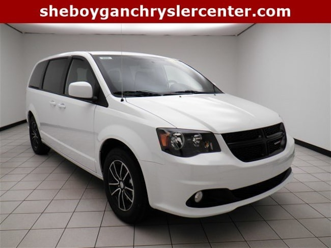 New 2018 Dodge Grand Caravan SE PLUS Passenger Van For Sale/Lease Sheboygan, WI