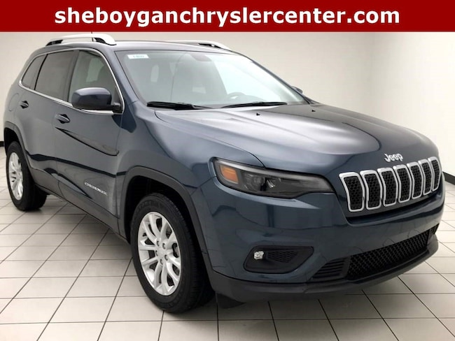 New 2019 Jeep Cherokee LATITUDE FWD Sport Utility For Sale in Sheboygan, WI
