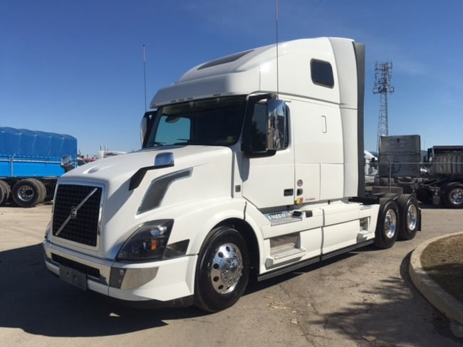 Used 2017 VOLVO VNL64T 670 Extended Engine Warranty In Burlington ON