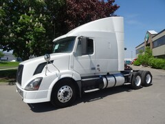 2012 VOLVO VNL64T 630 10 Speed Manual