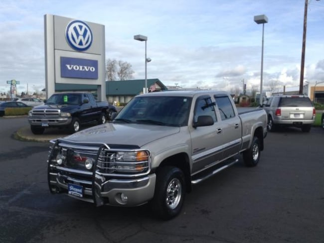 used 2005 GMC Sierra 2500HD Truck Crew Cab in Eugene, OR