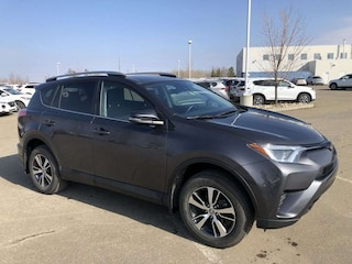 2018 Toyota RAV4 LE - AWD, Heated Seats! AWD LE