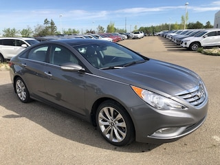 2013 Hyundai Sonata Limited - Navigation, Low kms!