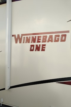 2013 WINNEBAGO 30RE  SOLD