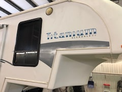 2005 GLENDALE RV Titanium  M33-E  ( GREAT PRICE POINT 5TH WHEEL)