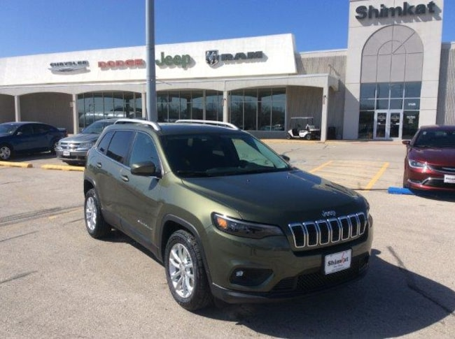 New 2019 Jeep Cherokee LATITUDE FWD Sport Utility for sale in Fort Dodge, IA