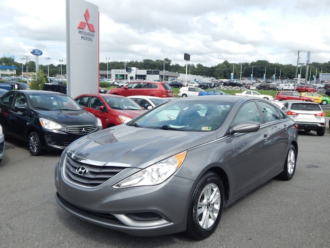 used 2013 hyundai sonata for sale in fredericksburg va used car dealer 5npeb4acxdh763622. Black Bedroom Furniture Sets. Home Design Ideas