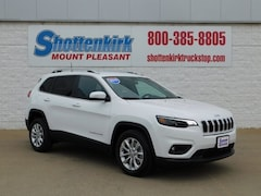 2019 Jeep Cherokee LATITUDE FWD Sport Utility 1C4PJLCB4KD427879 for sale in Mt. Pleasant, IA at Shottenkirk Mount Pleasant