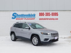 2019 Jeep Cherokee LATITUDE FWD Sport Utility 1C4PJLCB0KD384156 for sale in Mt. Pleasant, IA at Shottenkirk Mount Pleasant