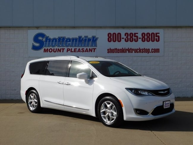 3c5939197f 2019 Chrysler Pacifica TOURING L PLUS Passenger Van for sale in Mt.  Pleasant