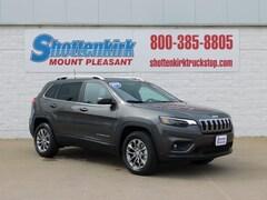 New 2019 Jeep Cherokee LATITUDE PLUS 4X4 Sport Utility Mount Pleasant