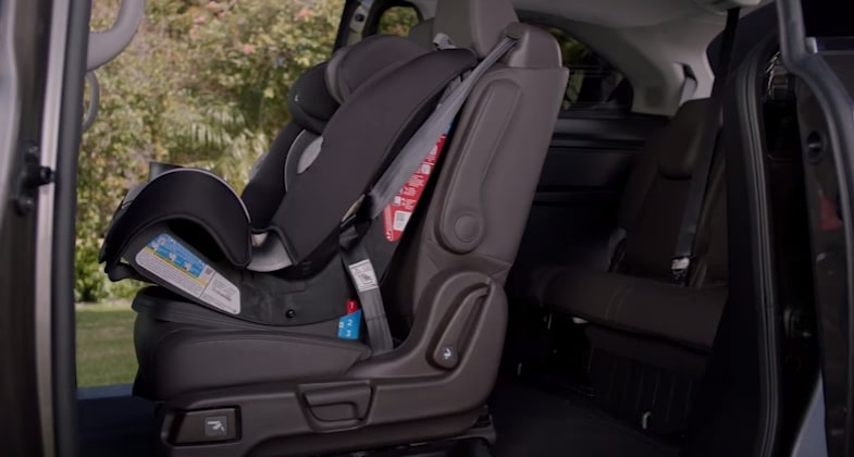 2018 Honda Odyssey Magic Slide seats
