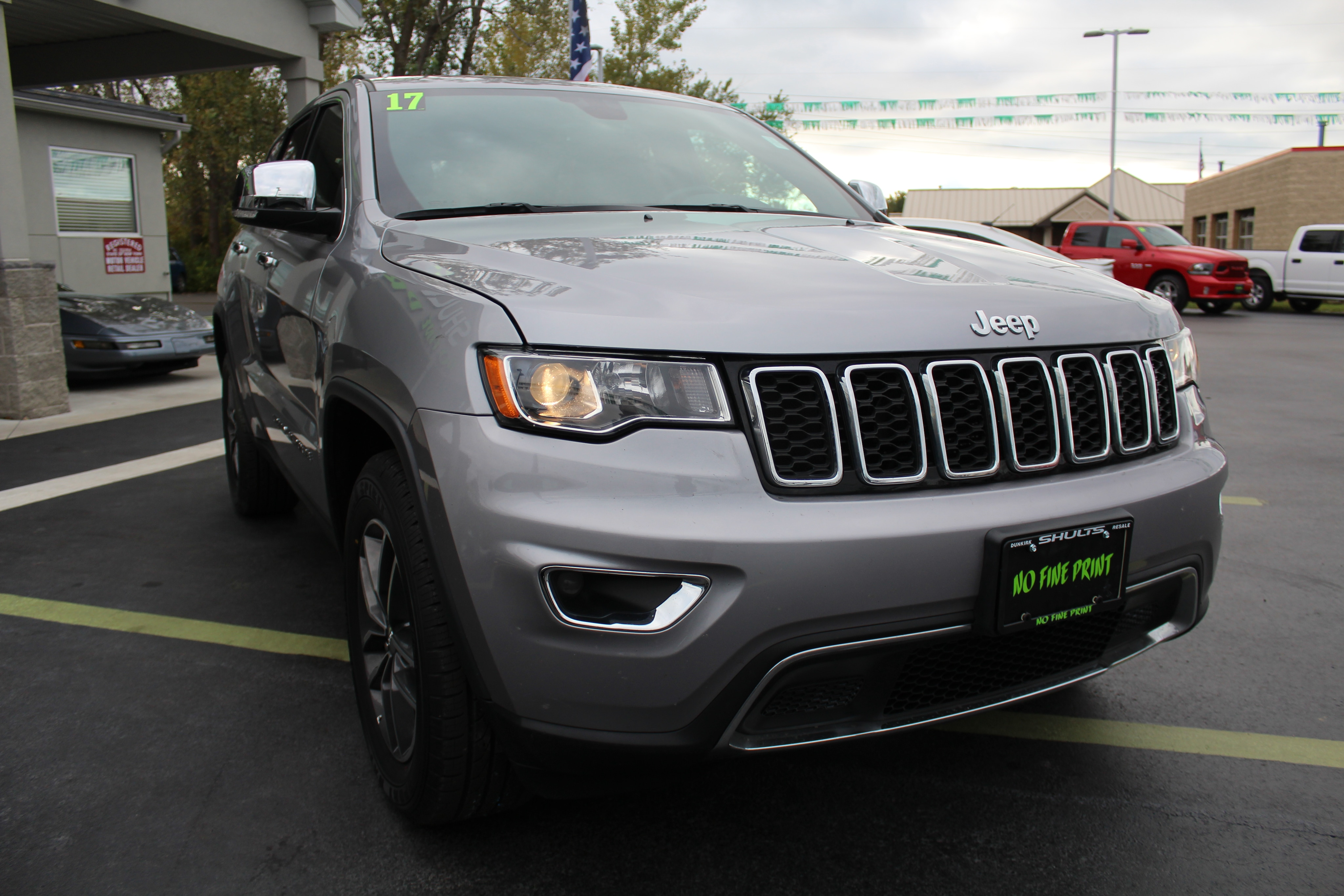 2017 Jeep Grand Cherokee Wagon 4 Dr.