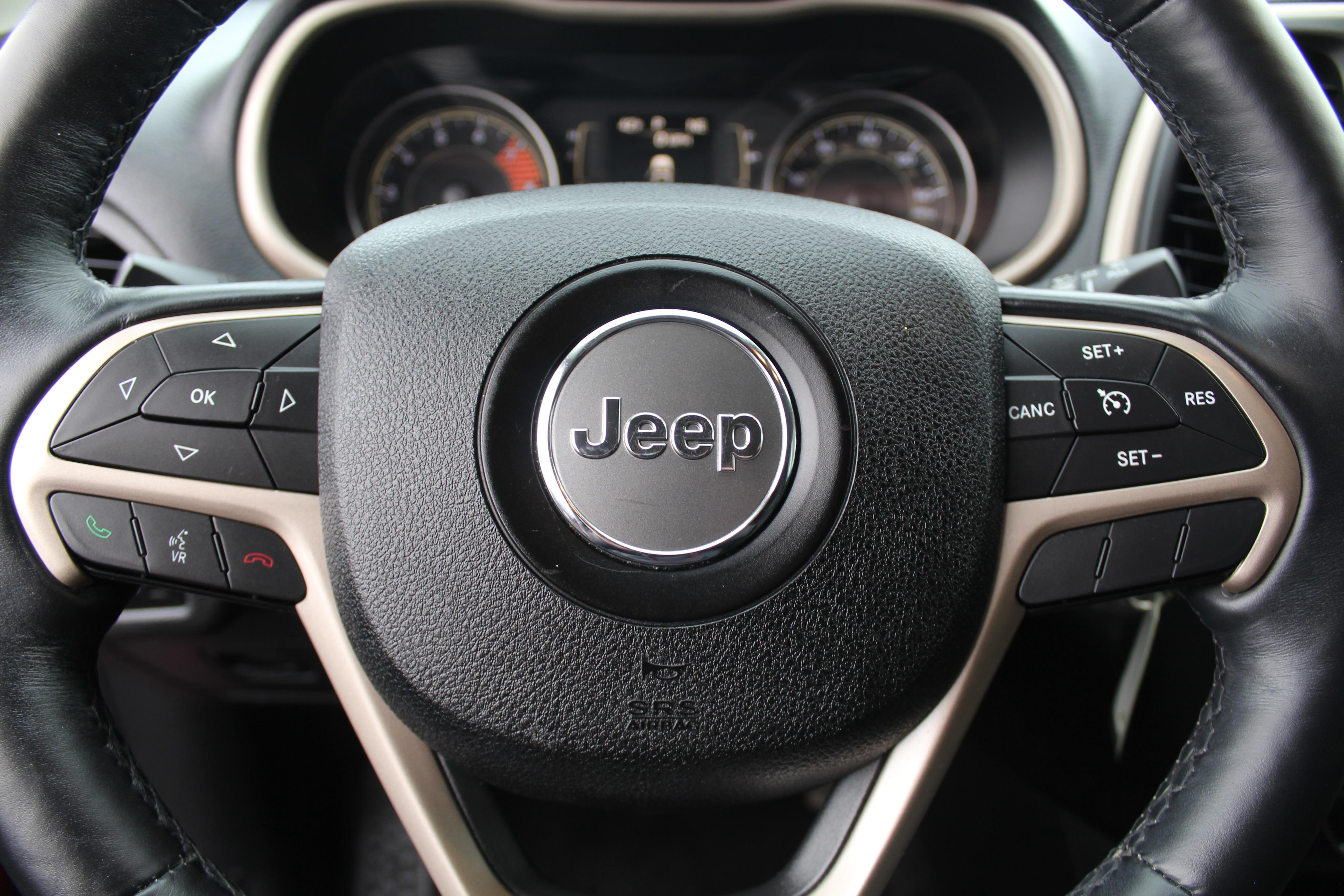2017 Jeep Cherokee Wagon 4 Dr.