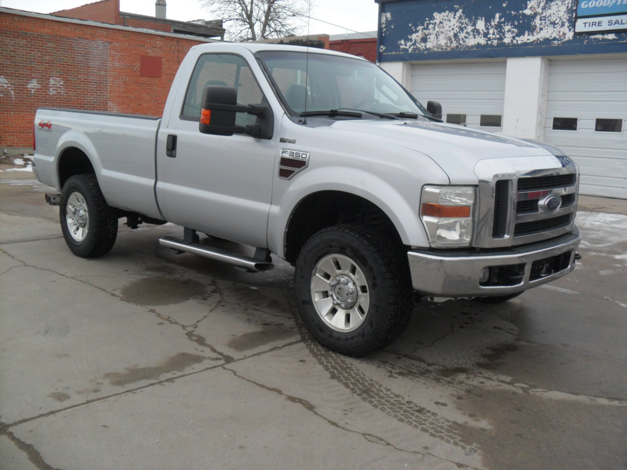 2008 Ford F-350 Super Duty Long Bed Truck