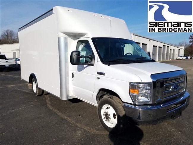 2019 Ford E-350 Rockport 14' Parcelport Body Truck
