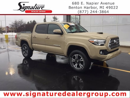 2017 Toyota Tacoma TRD Sport Double Cab 5 Bed V6 4x4 Truck