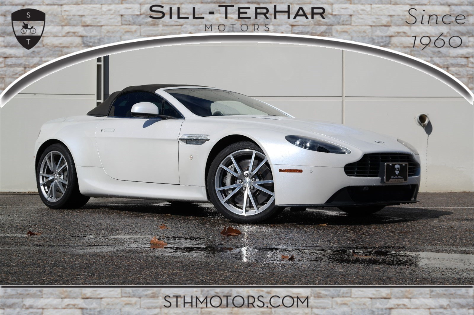 2012 Aston Martin V8 Vantage Base Convertible