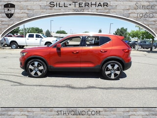 New 2019 Volvo XC40 T4 Momentum SUV in Broomfield