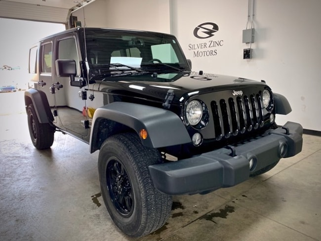 2016 Jeep WRANGLER UNLIMITED 6 SPD, 4x4, LOW KM, Heated Seats, Amazing Conditio