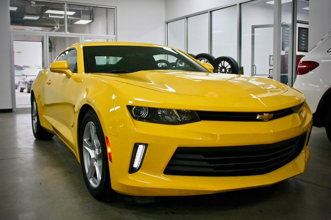 2017 Chevrolet Camaro One Owner, Sunroof, Auto, Clean, Mint! Coupe