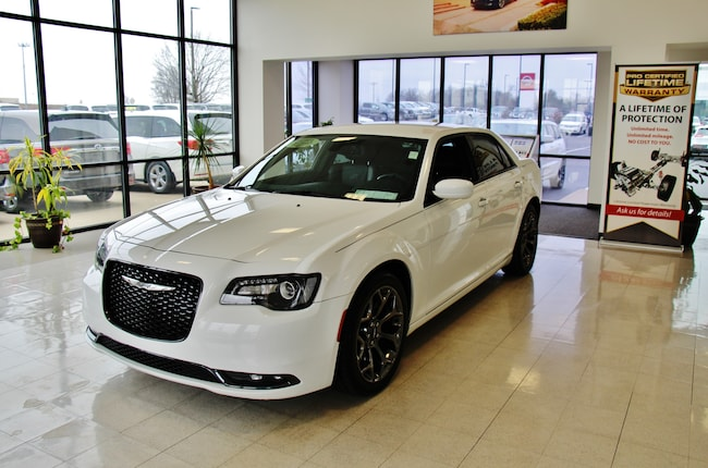 2015 Chrysler 300 S NAV Leather Sedan