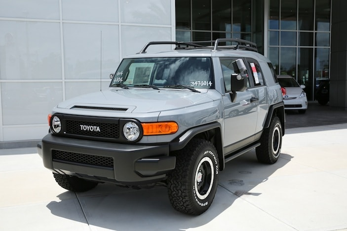 2014 toyota fj cruiser model info new toyota for sale in orlando. Black Bedroom Furniture Sets. Home Design Ideas