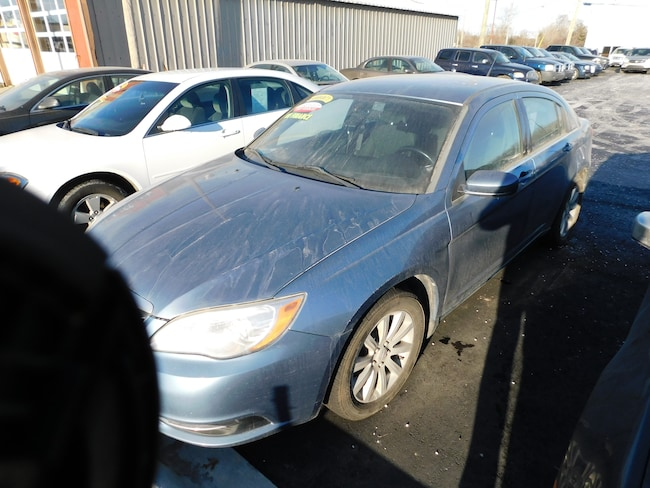 Used 2008 Chrysler Sebring Touring Sedan near Detroit, MI