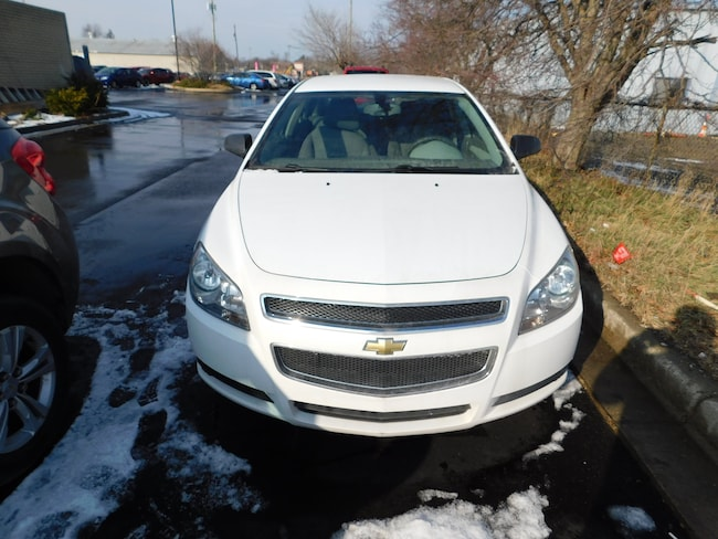 Used 2010 Chevrolet Malibu LS Sedan near Detroit, MI