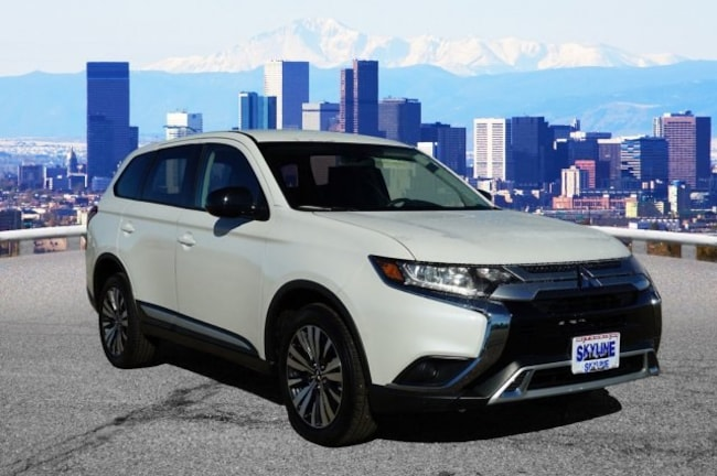 New 2019 Mitsubishi Outlander ES CUV in Thornton near Denver, CO