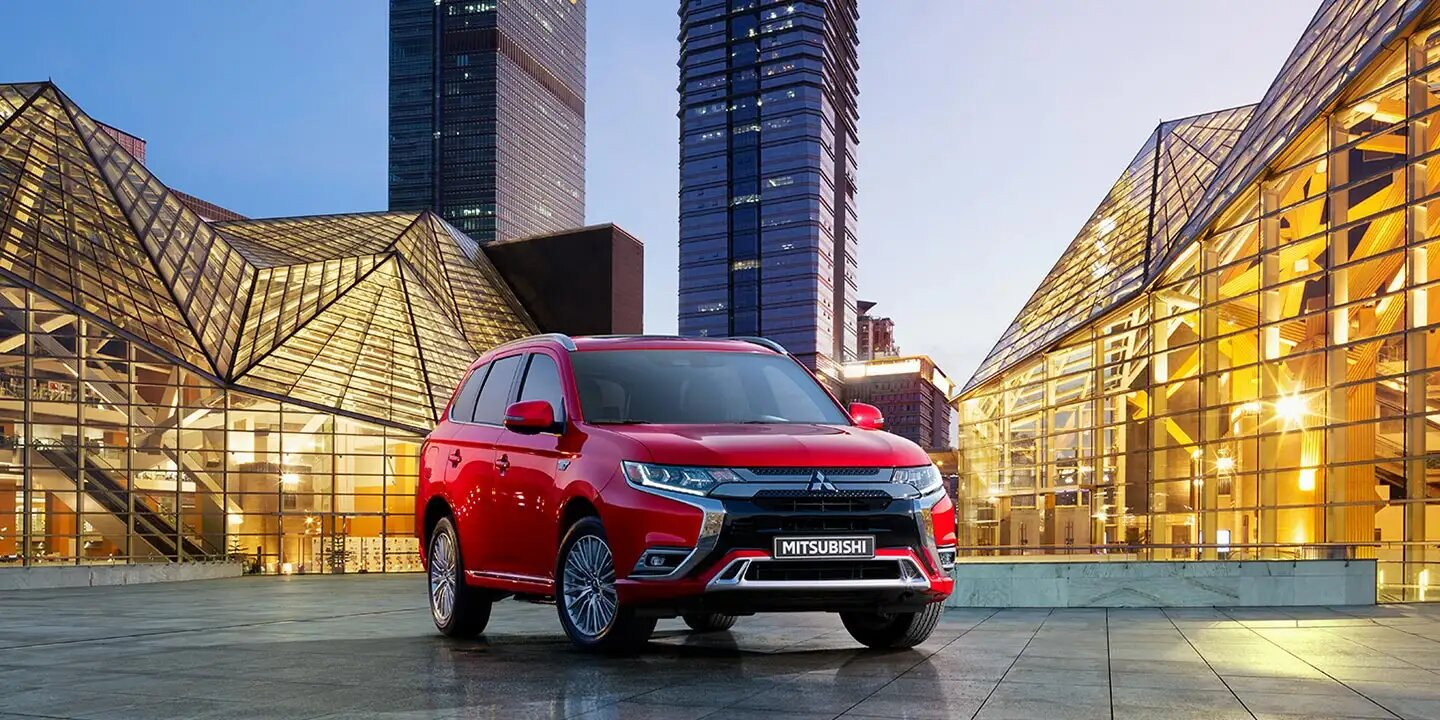 Buy, Lease, or Finance the 2020 Mitsubishi Outlander PHEV near Aurora CO