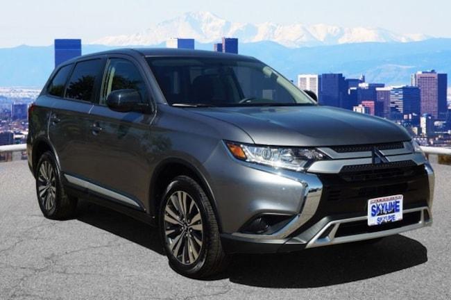 New 2019 Mitsubishi Outlander ES CUV in Thornton near Denver, CO