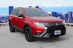 New 2019 Mitsubishi Outlander SE CUV JA4AZ3A39KZ026061 in Thornton near Denver