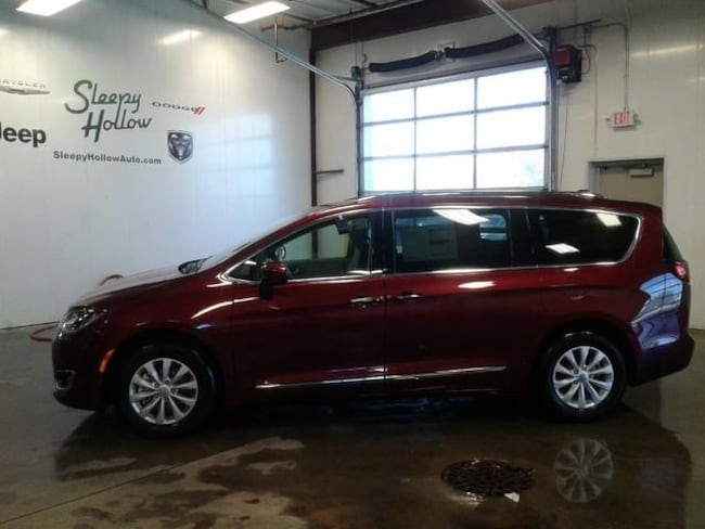Sleepy Hollow Auto >> New 2019 Chrysler Pacifica Touring L For Sale Viroqua Wi
