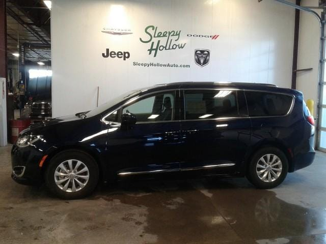 Sleepy Hollow Auto >> Used 2018 Chrysler Pacifica Touring L For Sale Viroqua Wi