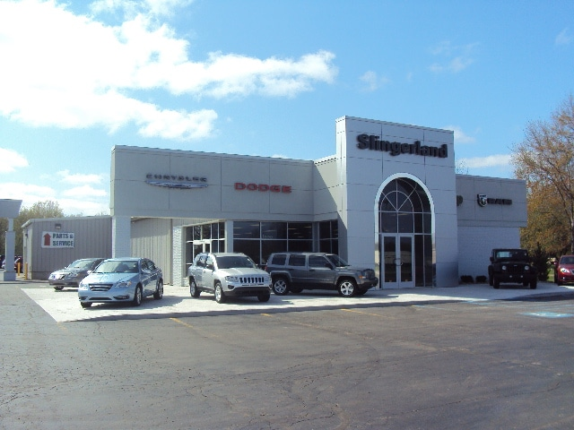 michigan a they dealerships in claim hills news chicago auburn dealers of fiat auto to pad were numbers sales sue suburban pair chrysler paid headquarters chyrsler