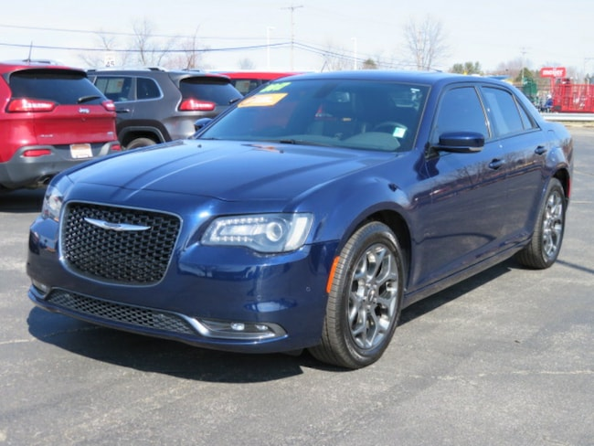 2017 Chrysler 300 S Sedan
