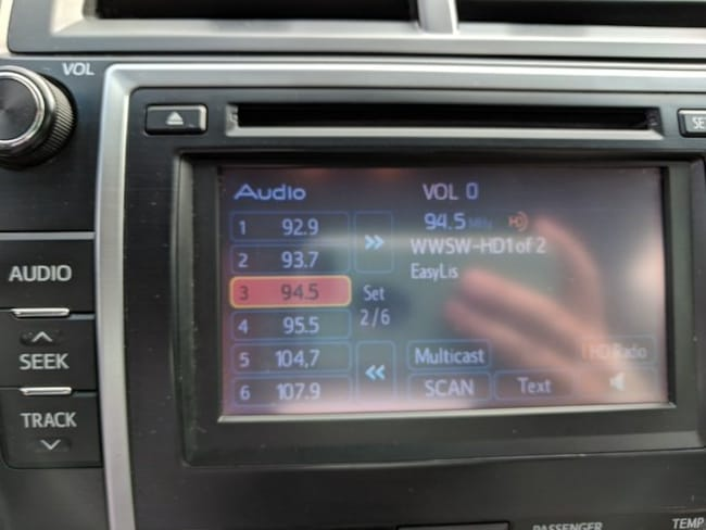 2012 toyota camry satellite radio